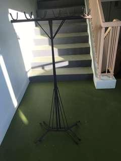 🚚 Clothes Drying stand
