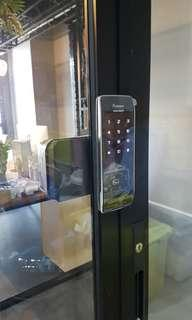 Sliding door digital lock