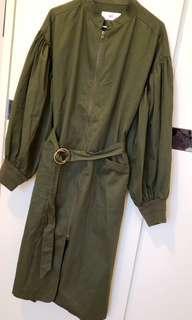 Sly Coat 軍綠色長外衣