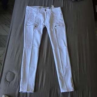 Zara white jeans zip sz 42