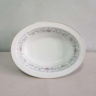 Code221: 2pcs Noritake oval bowls