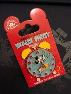 上海迪士尼90周年员工徽章