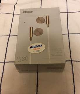 Remax 耳筒