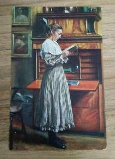Women reading (Old Postcards)