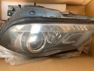 W204 left headlight