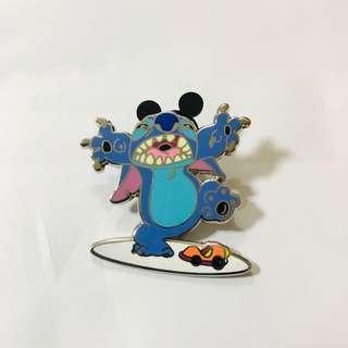 Disney Pins 迪士尼史迪仔造型襟章 2013年絕版徽章