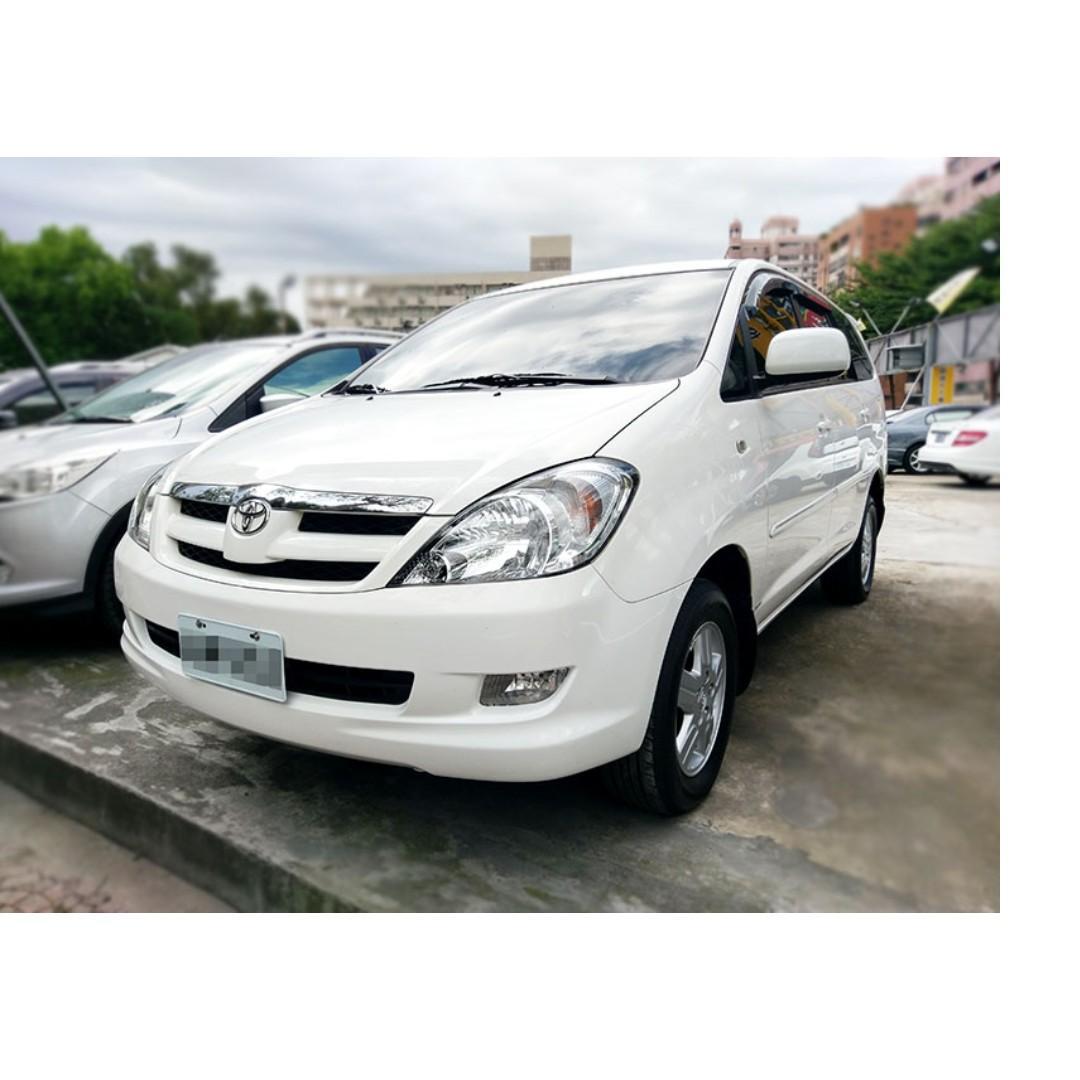 2012 Toyota Innova 2.0 白 FB搜尋 : 『阿文の圓夢車坊』