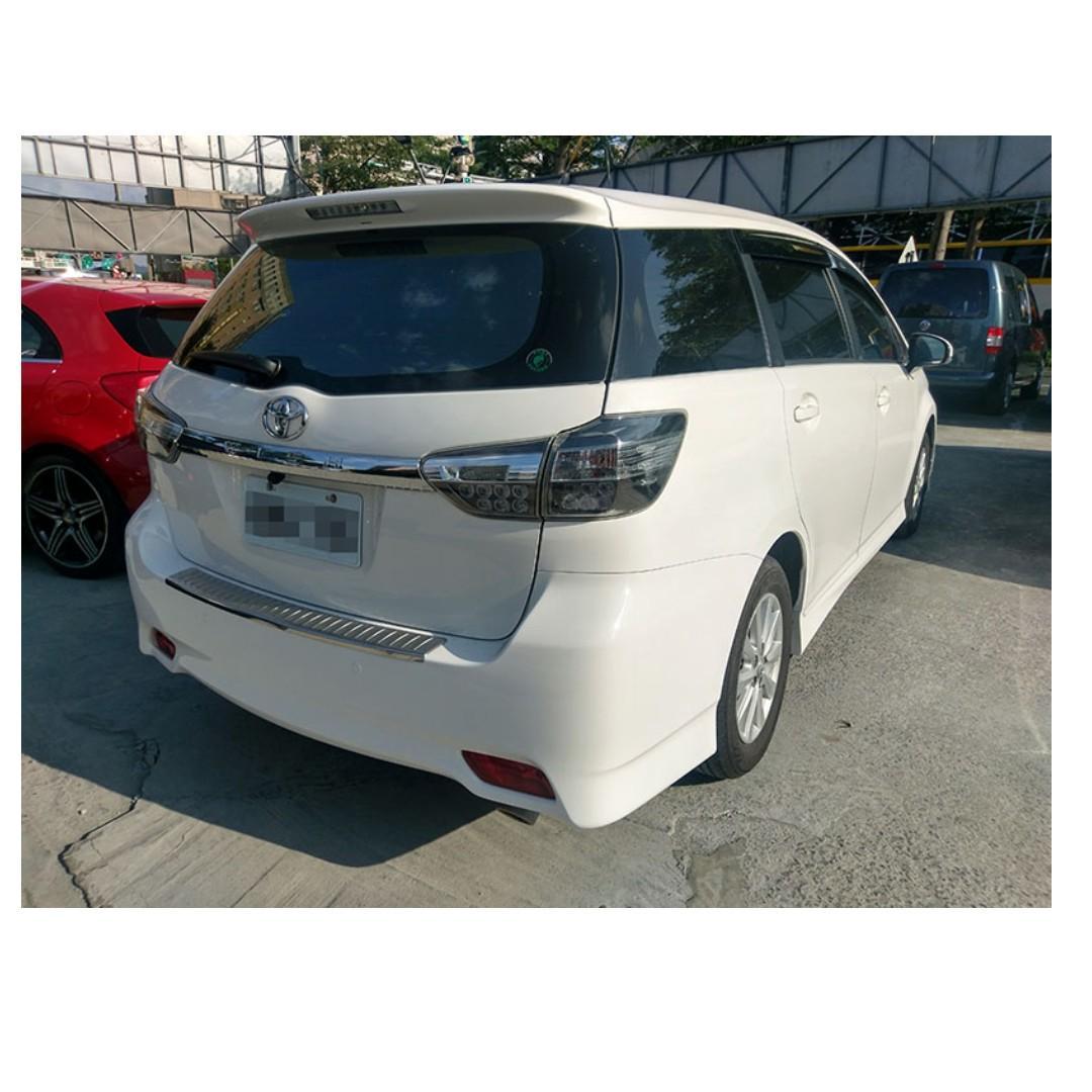 2013 Toyota Wish 2.0 白 FB搜尋 : 『阿文の圓夢車坊』