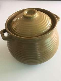🚚 1 x brown new ceramic pot with free delivery