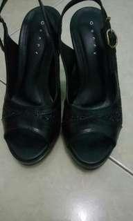 Sepatu Wanita (Heels)