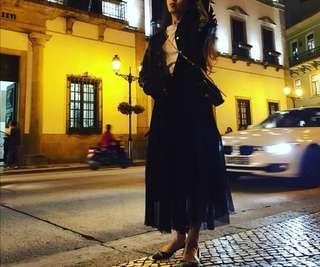 black gauzy skirt 黑色纱裙