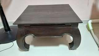 🚚 Unique Solid Wood Table