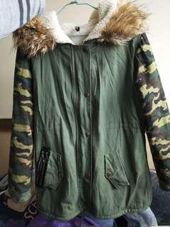 🚚 迷彩軍綠毛毛外套