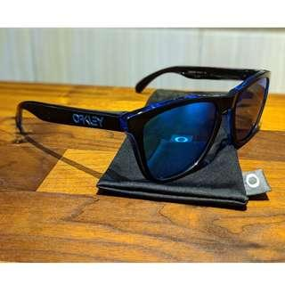 7fb83cd03a Oakley Frogskins™ (Asia Fit) • Sapphire Iridium Lenses • Eclipse Blue Frame  Sunglasses