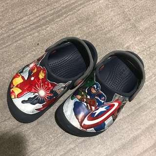🚚 Preloved Crocs Shoes - Superheroes C9