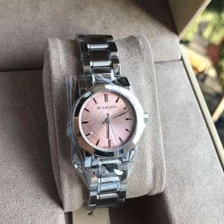 🚚 Burberry The City Pink Dial Stainless Steel Ladies Watch