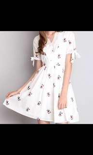 🚚 Lilypirates Dreamer's Footsteps Dress In White Floral