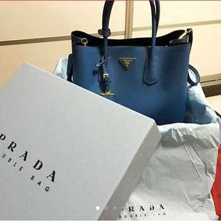 🚚 Prada Saffiano Tote Bag *price reduced*