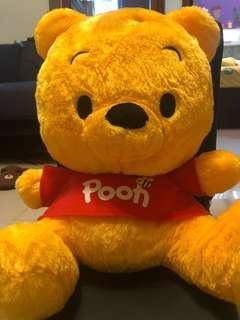 Disney  Winnie the Pooh  全新日本🇯🇵景品 小熊維尼XXL公仔 (合送禮)再送你小熊維尼小公仔一隻