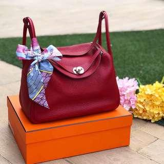 ❤️Super good deal!❤️ Hermes Lindy 30 in Rouge Garance Clemence Leather PHW