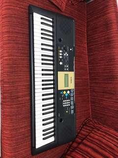 Yamaha Keyboard YPT200