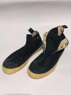Underground Black Canvas Shoes @EU41