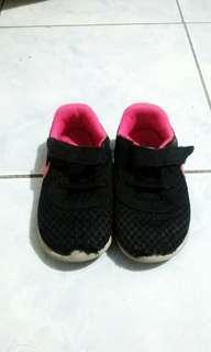 Nike Shoes 8c