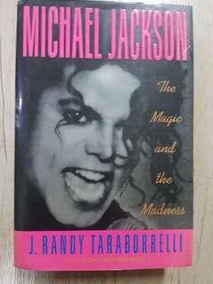 Buku Michael Jackson ( the magic and the Madness@