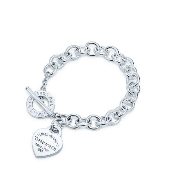 9371822f4 Authentic Tiffany & Co RETURN TO TIFFANY™ Heart Tag Toggle Bracelet ...