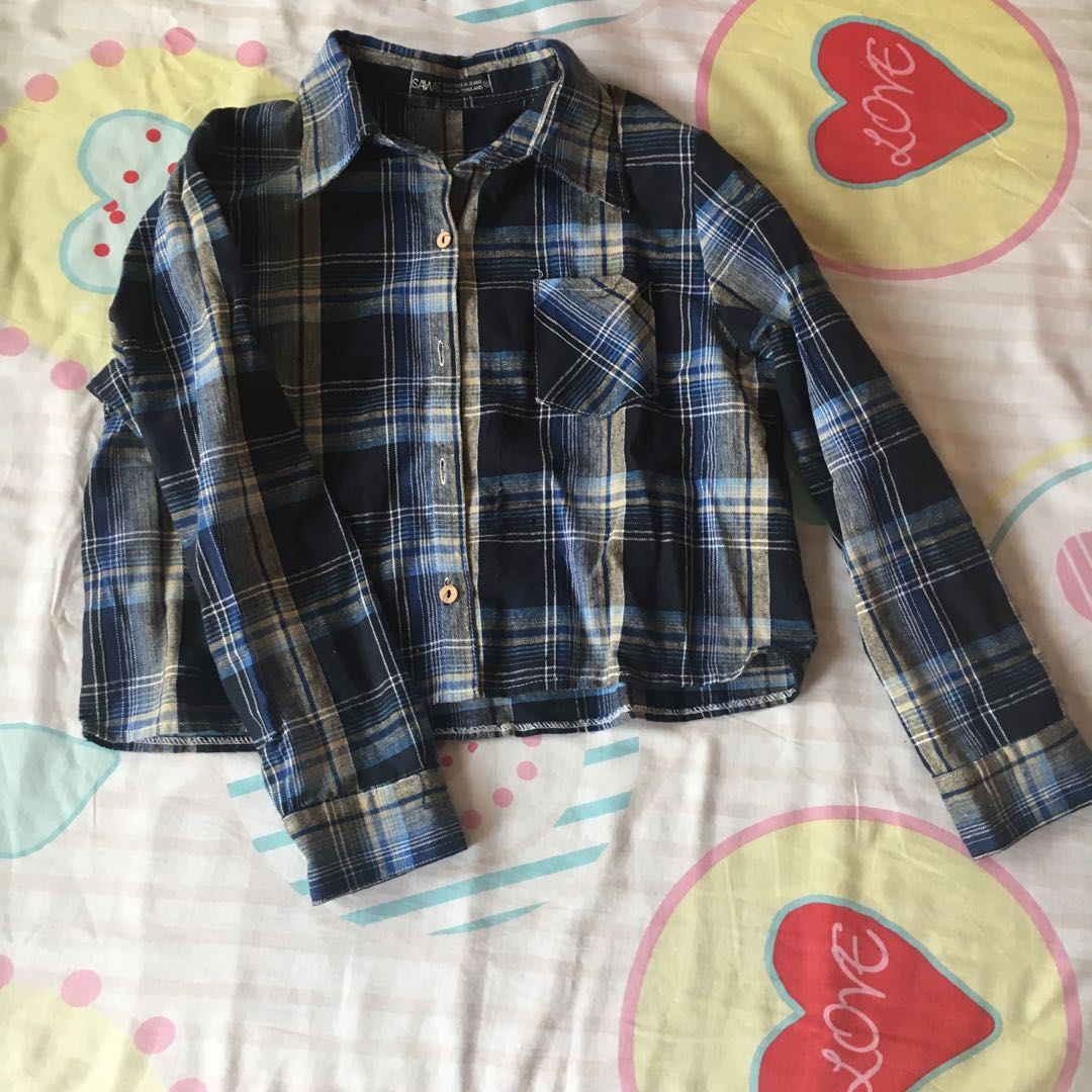 d2212d5f Bn cropped navy plait tartan long sleeve collar button up, Women's Fashion,  Clothes, Tops on Carousell