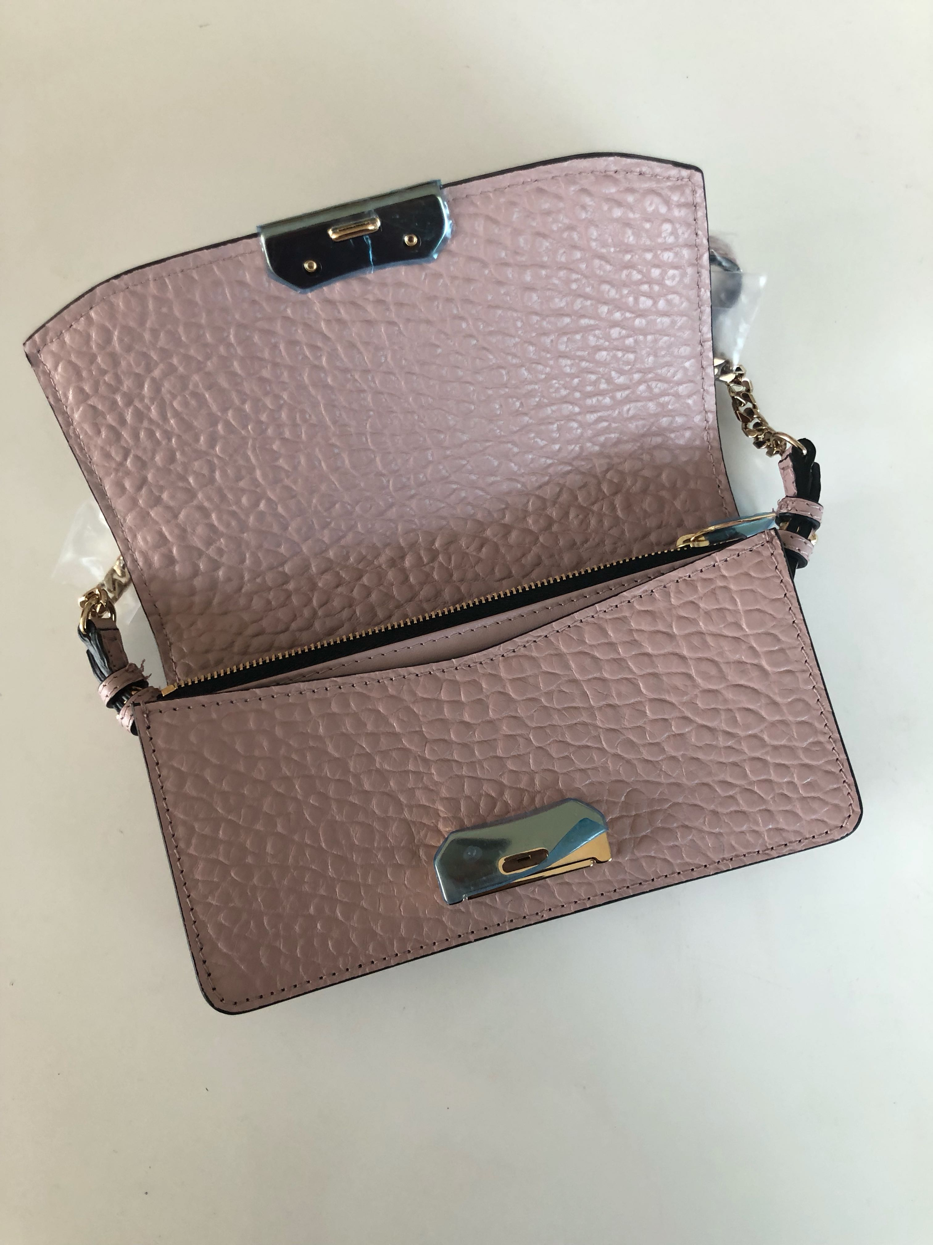 e9be8739e3f0 BRAND NEW Burberry Grain Leather Ladies Women Crossbody bag (Pink ...
