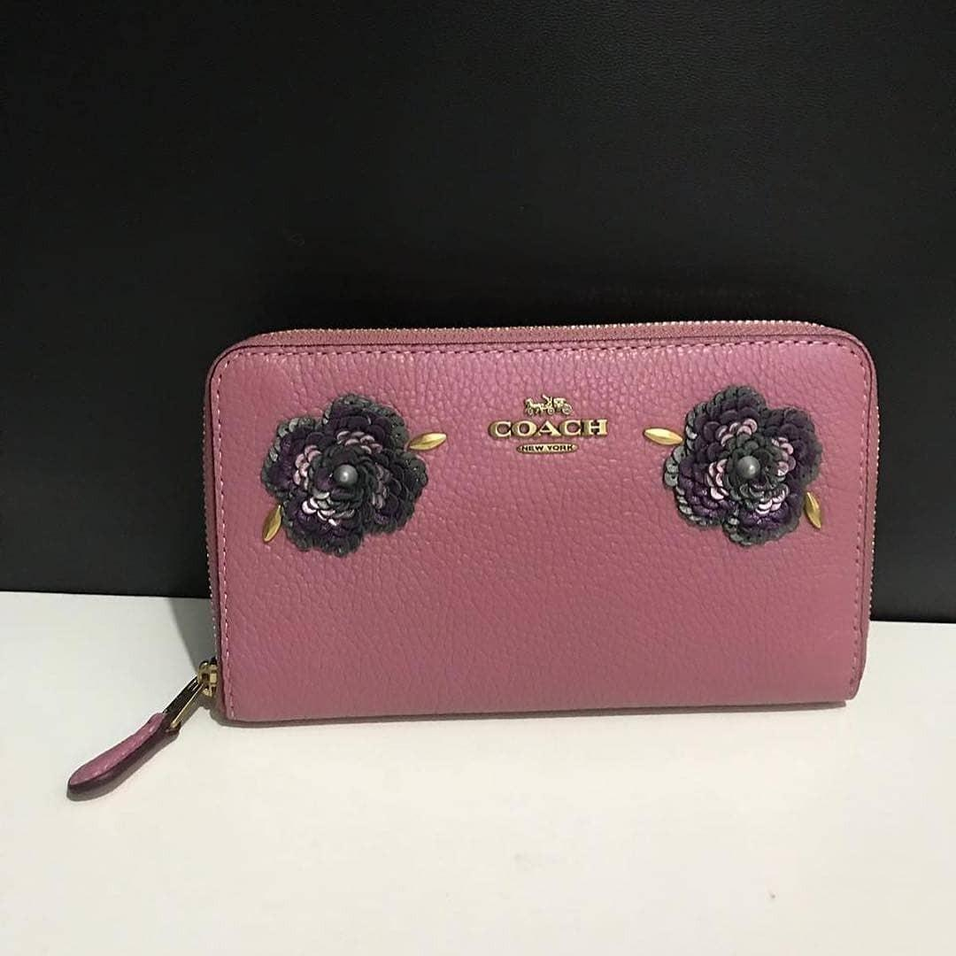 Coach Medium Zip Around Wallet With Leather Sequin Appliqué sz 16x10 in Rose Pink (so pretty 😍)