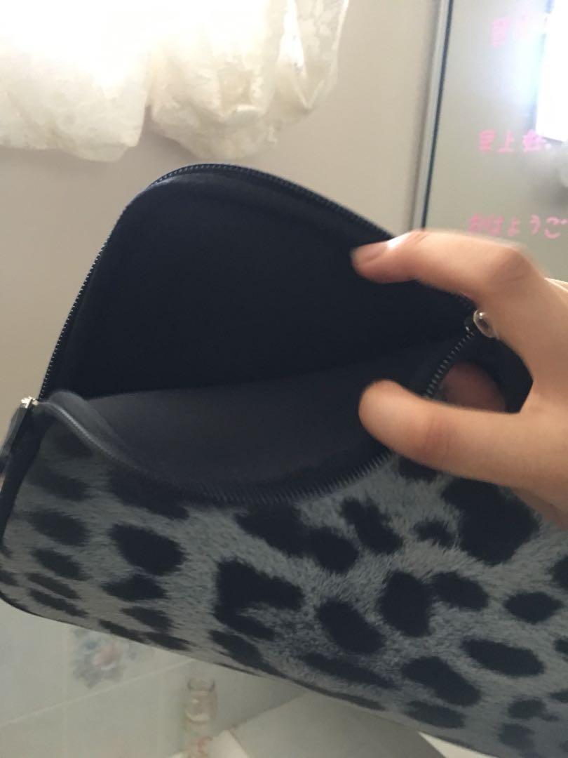 Laptop/tablet cheetah leopard print protector sleeve bag