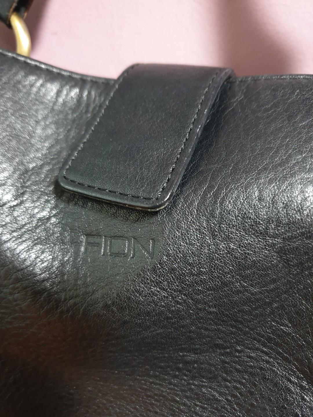 Leather black handbag FIon