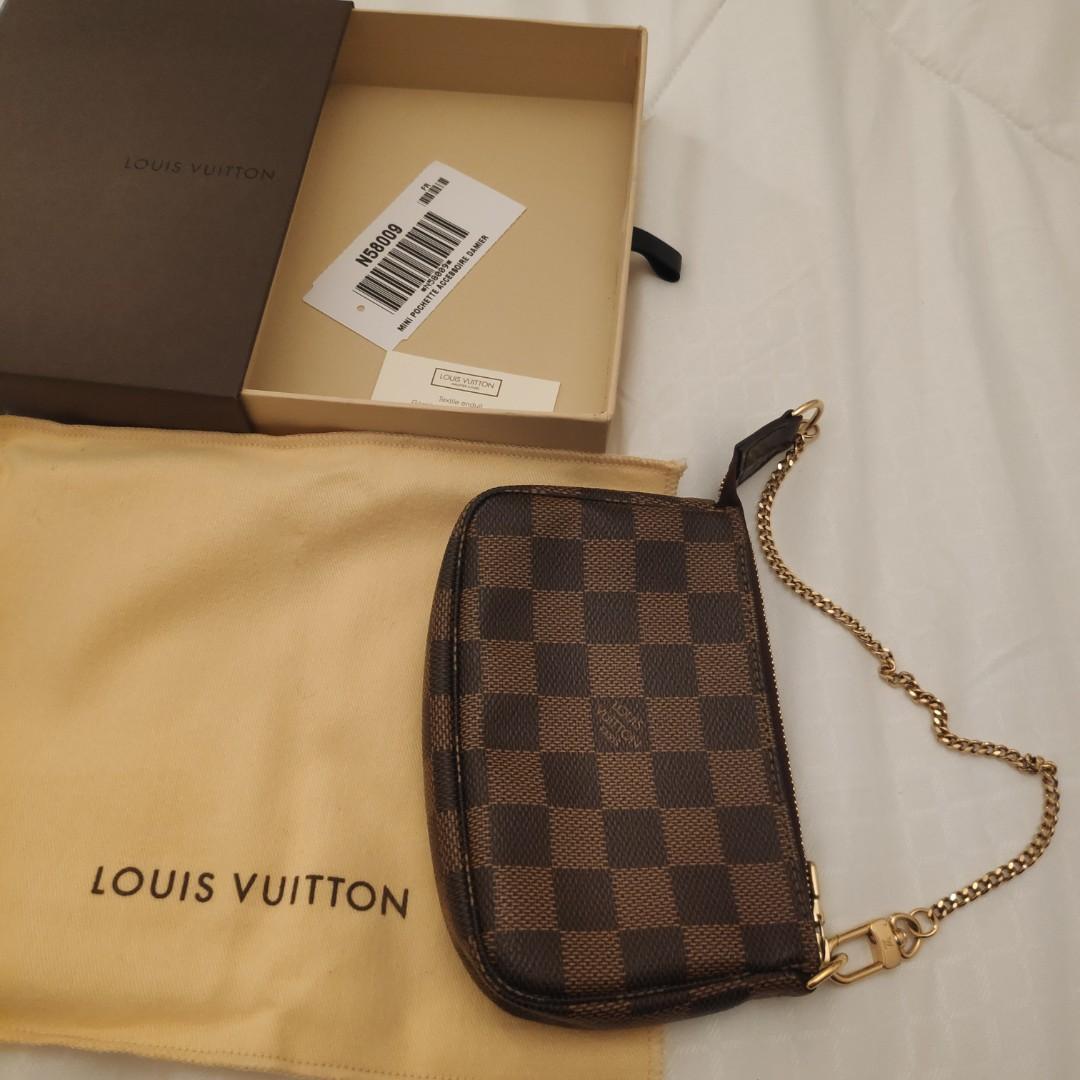 tout neuf 196aa c5564 Lv mini pochette, Women's Fashion, Bags & Wallets, Wallets ...