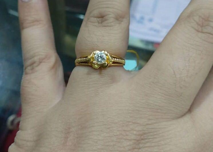 Sale cincin mata satu batu mess, ikat mas kuning kadar mas 85 %,mewah banget say