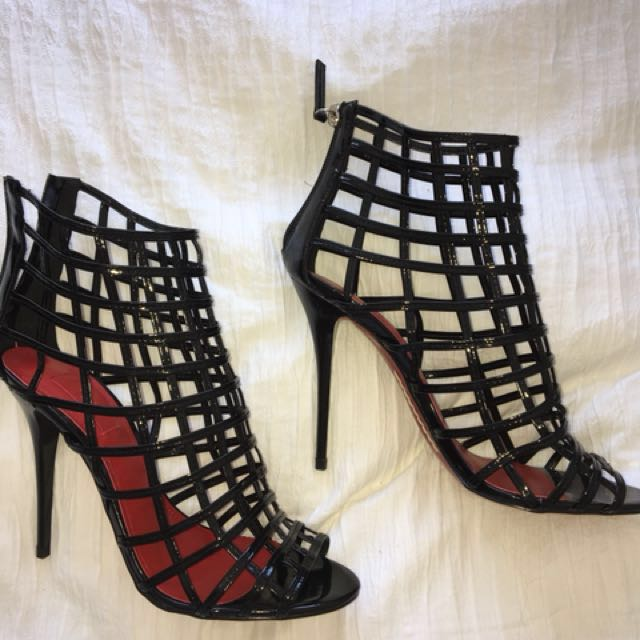 3c8c88087d Siren Black Cage Heels, Women's Fashion, Shoes on Carousell