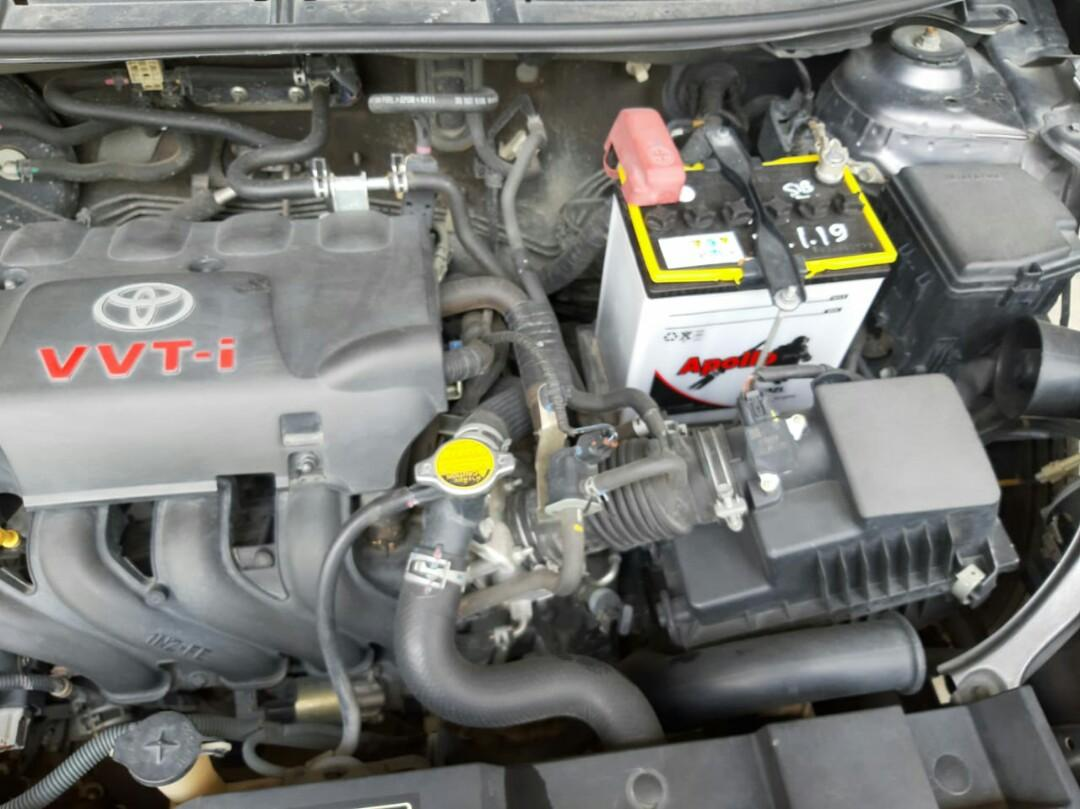 Toyota Yaris 2014 pemakaian 2015 ss lengkap pajak hidup trd matic.mobil masi ori . unit di.medan ph 085261153725