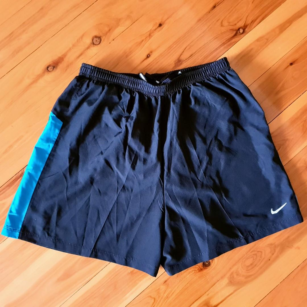 Women's size S 'NIKE' navy dri-fit running shorts activewear - AS NEW