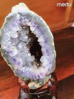 🚚 AAA,3個A的水晶瑪瑙洞,附豪華木根雕底座