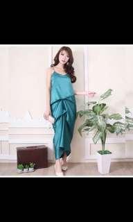 Dress Tafetta (satin/glossy) - M/L