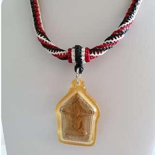 Thai Amulet Accessories: String Art Necklace (Black / White/ Red) / 1 hook