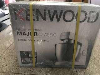 BN Kenwood Cake Mixer