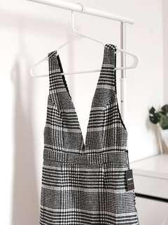 BNWT: Forever 21 Houndstooth Pinafore Dress