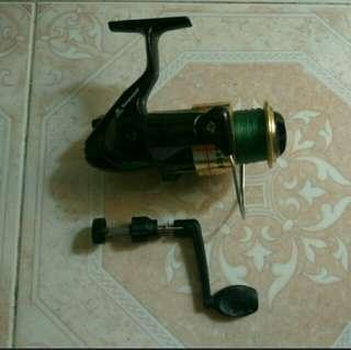 Fishing reel and accessories