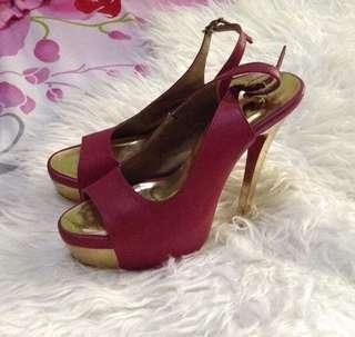 SALE‼️ Red heels