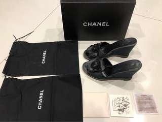 Chanel camellia shoes Size 38/8