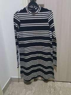 Black White Dress Top - Size M