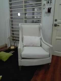 Wing chair exlusive