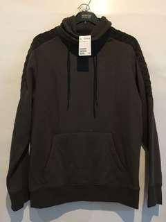 H&M HnM Sweater Hijau Tua Baru